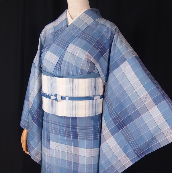 琉球花織の着物×帯、二つの花織をコーディネートする。