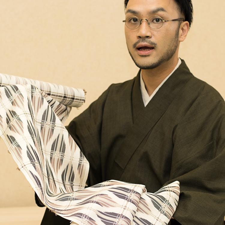 長野県松本市の染織家 大月俊幸さんに別注した名古屋帯の解説