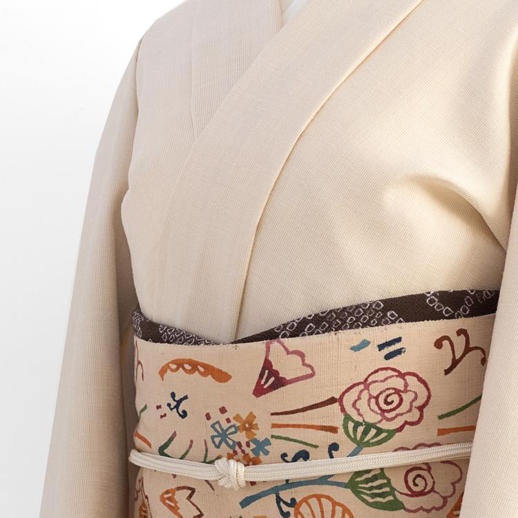 関美穂子さんの型染帯「花園 千成堂着物店 別注」の帯前 コーディネート