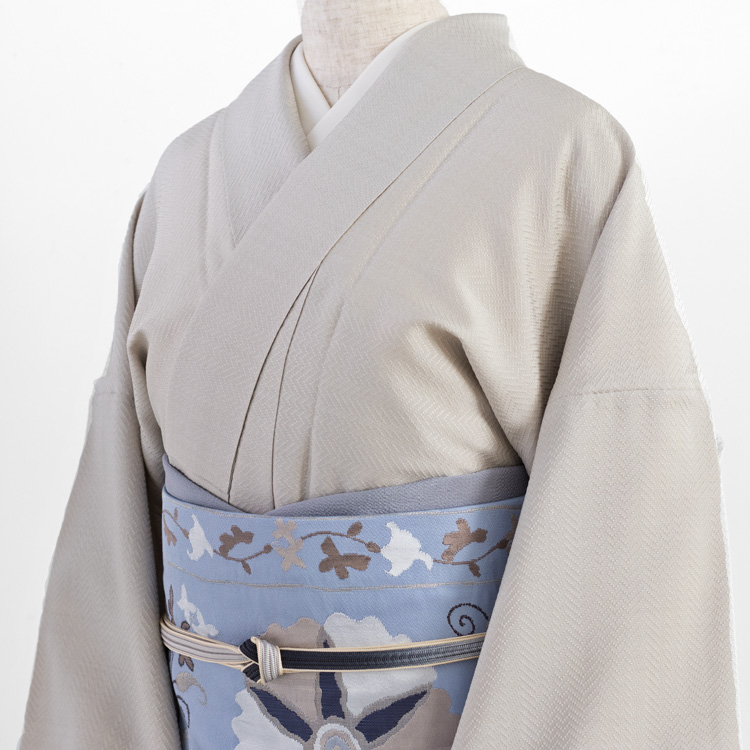 洛風林「チムール花文」名古屋帯と首里織の着尺のコーディネート