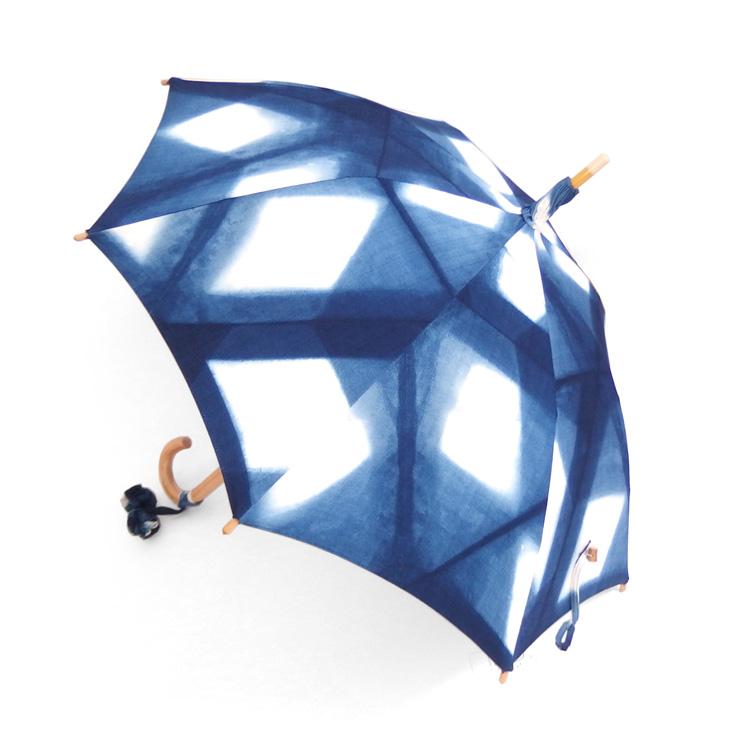 平敷慶彦(琉球藍染工房) 琉球藍染の日傘 「板締め絞り」