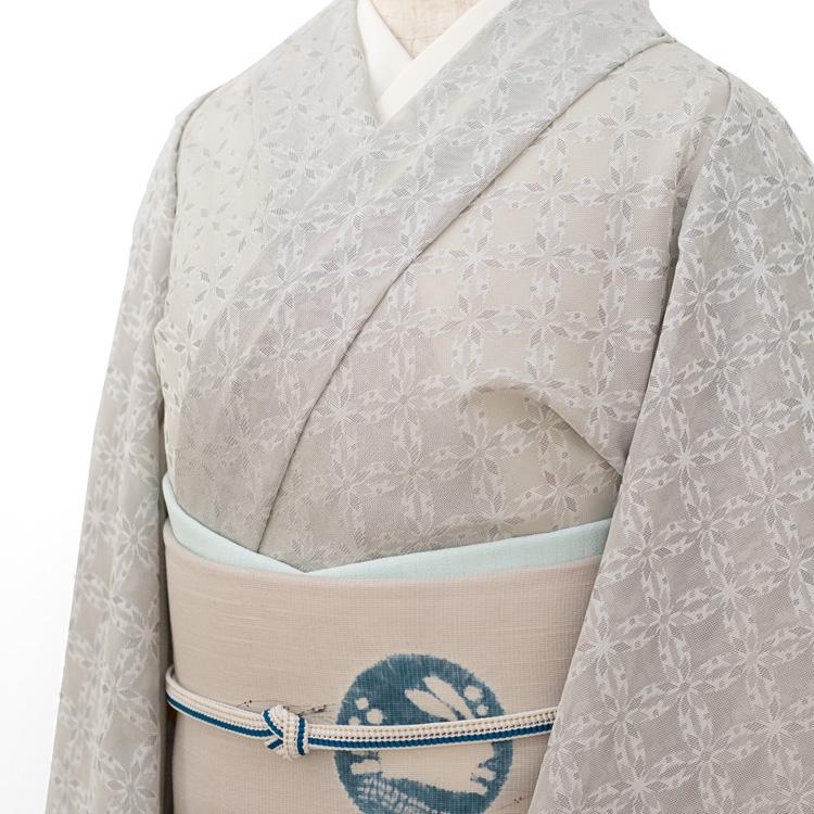 糀織物 夏御召(お召し)「七宝」 着尺・羽織ものにも 絹鼠色(ニュアンスのあるグレー系)