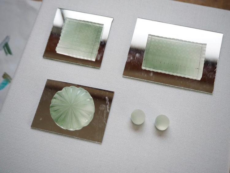 古川莉恵さんに別注した帯留めとピアスの制作中写真_002
